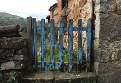 Casa rústica en Pasaje La Peruyal, nº S/N