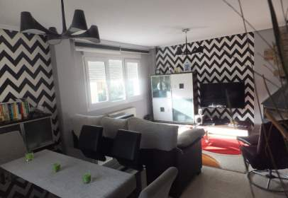 Paired chalet in calle C/ El Real 2A , nº 23