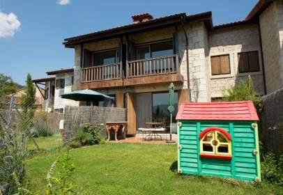 Casa adosada en Avenida calle Aleguillas, 4A, nº Call