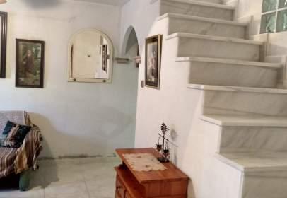 Casa adosada en calle Doctor Burgos Bravo, nº SN