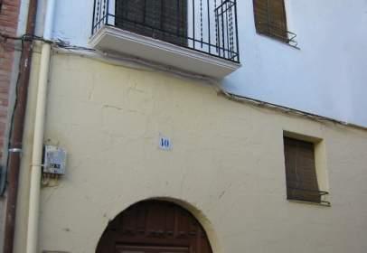 Casa adosada en calle de los Cuatro Cantones, nº 10