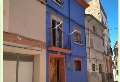 Rustic house in calle Castiillo, nº 21