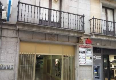Piso en calle Reyes Católicos, nº 14