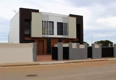 Casa en Carrer de Segaria, 2