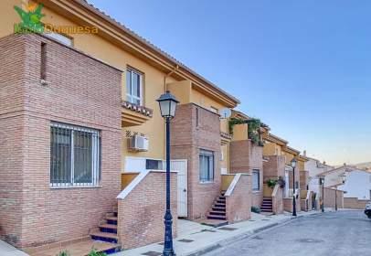 Casa adossada a calle Pámpano, 15
