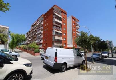 Flat in Avenida Francesc Macià, nº 138