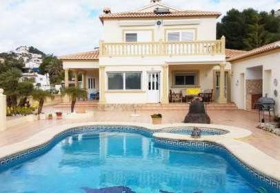 Casa en Villa 4*