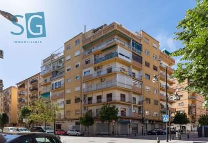 Flat in calle Agustina de Aragón