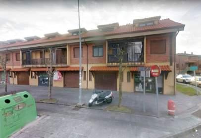 Local comercial en calle Mortera