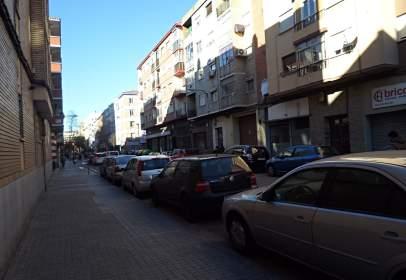 Garaje en calle de Rodrigo Rebolledo