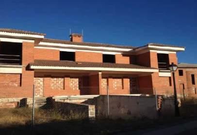 Promoción de tipologias Vivienda en venta NAVALAFUENTE Madrid