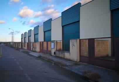 Industrial Warehouse in La Azucarera,  7