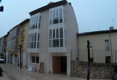 Apartment in  Fernán Gonzalez,  16