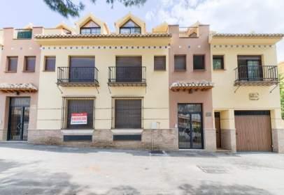 Flat in Plaza de Isabel La Católica,  75