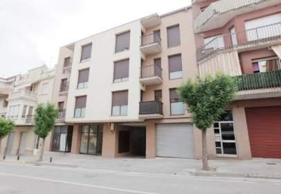 Commercial space in calle Carretera Cardona, 35-37,  35