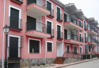 Pis a calle calle Condes de Oropesa Esq. Avd. Toledo
