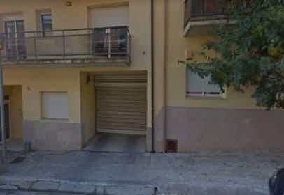 Garatge a Carrer de Mont-ras, 4