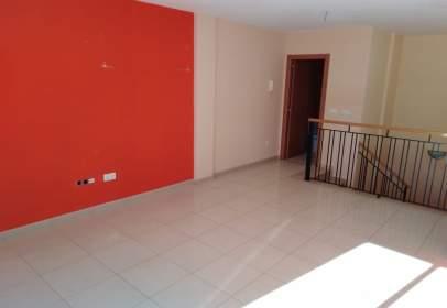 Duplex in Carrer Serretes, 15